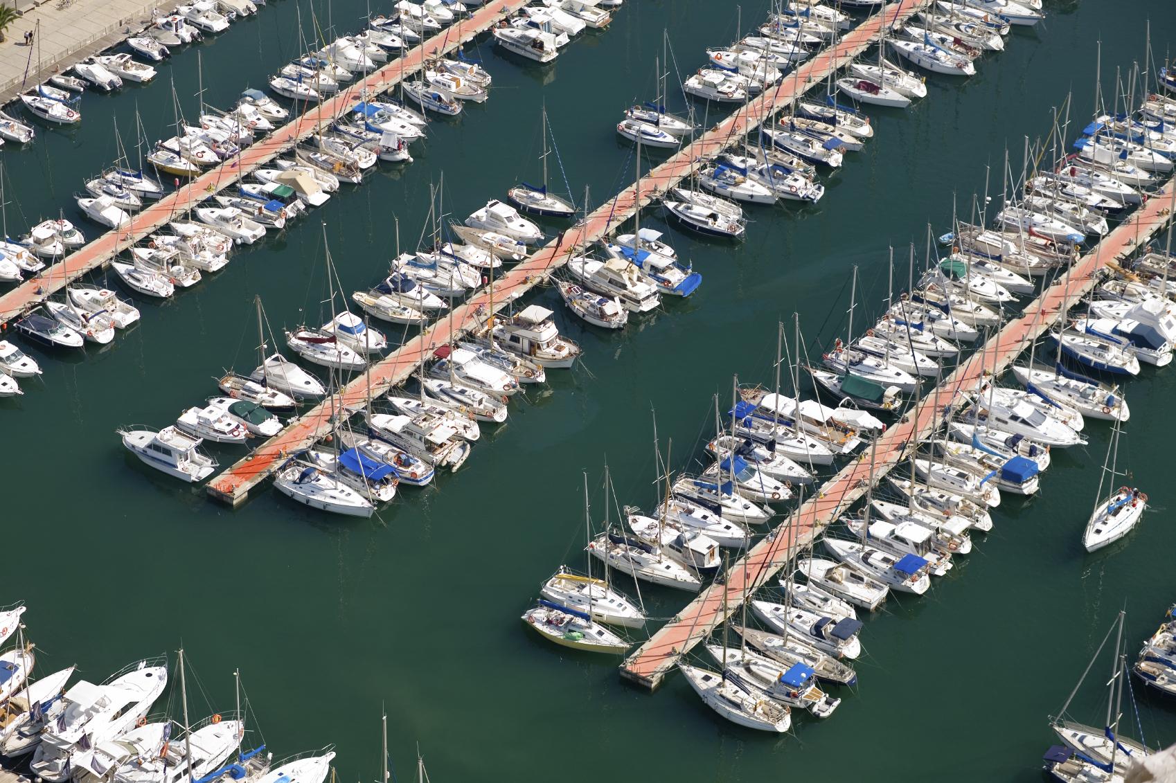 Yacht Slip Rent Or Buy Yacht Insurance Global Marine Insurance